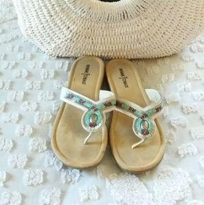 Minnetonka white beaded sandals